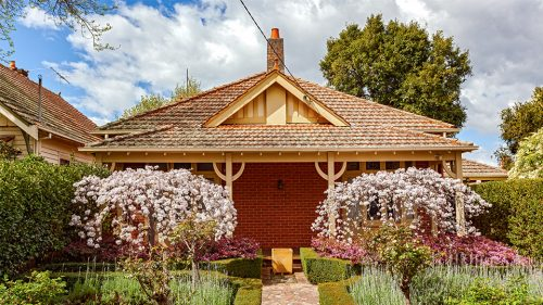 Elsternwick property market stable for spring, real estate agents advise